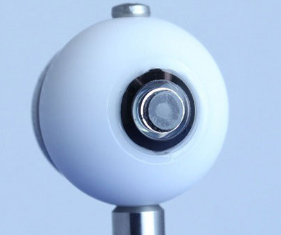 Crean lentes de contacto que funcionan como telescopios