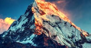 escalar un imponente Everest virtual hecho con Unreal Engine 4