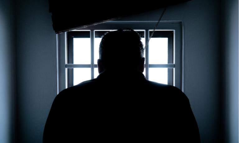 Encarcelan a un hombre tras matar al ladrón que lo robó
